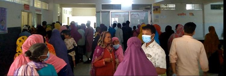   ঝিনাইগাতী সদর হাসপাতালে রোগীর দীর্ঘলাইন : ডাক্তার সংকটে চিকিৎসাসেবা ব্যাহত