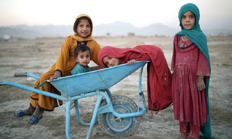 আফগানিস্তানকে ১০০ কোটি ডলার সহায়তার প্রতিশ্রুতি