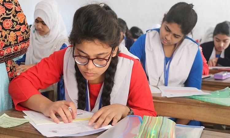 'নতুন শিক্ষাক্রম ইতিবাচক'